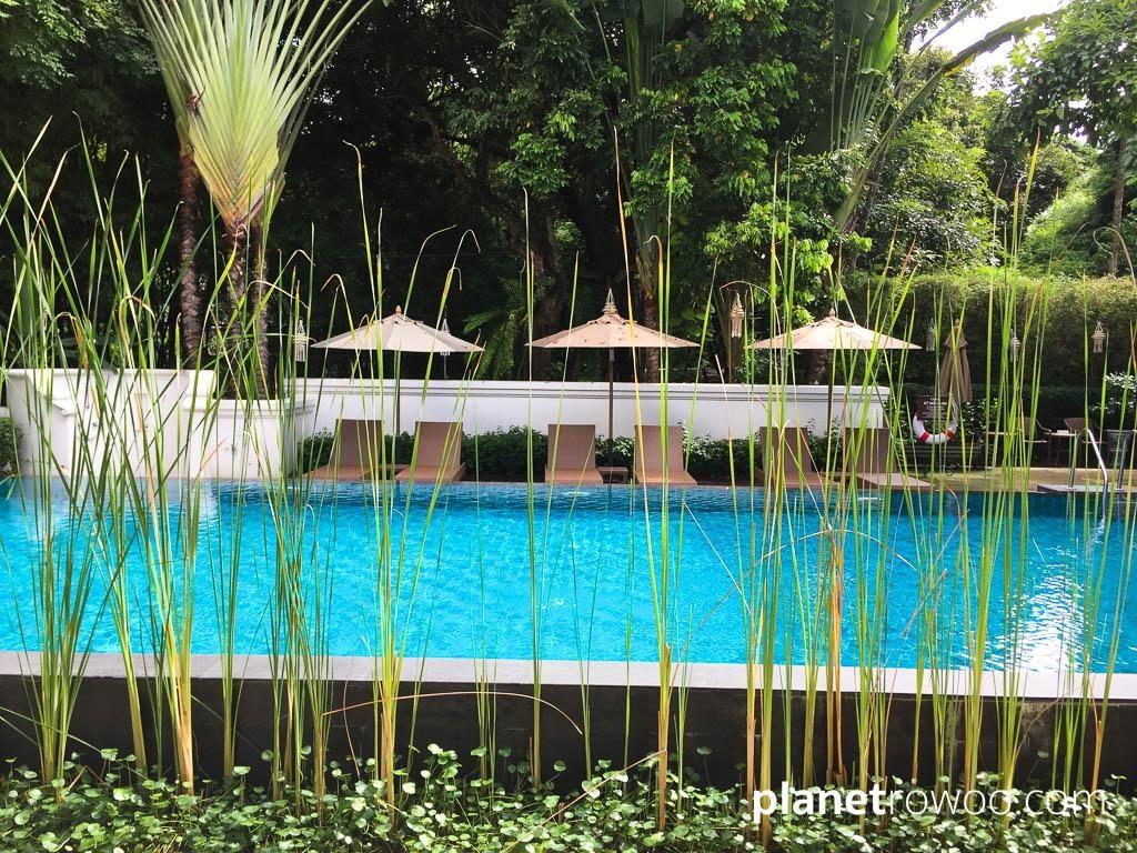 Ping Nakara Poolside