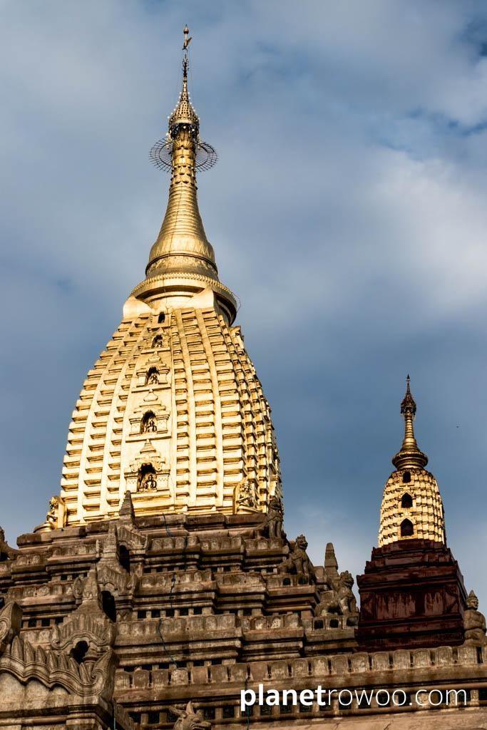 The gilded sikhara, Ananda temple