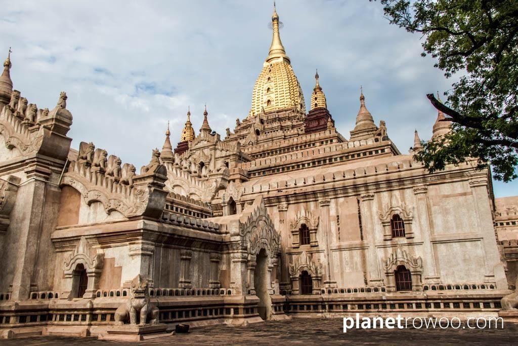 The Ananda temple, Bagan