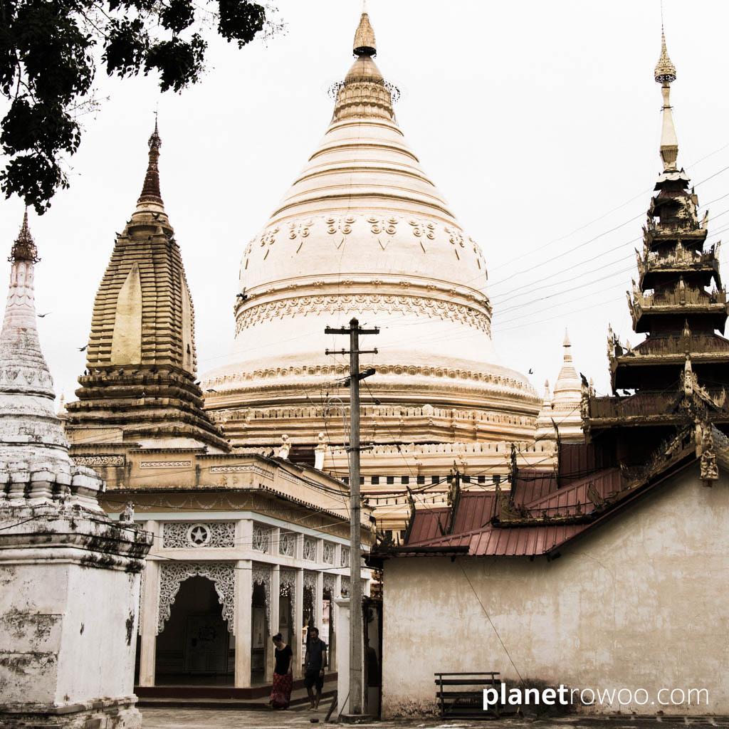 The gold plated bell-shaped Shwezigon Pagoda, Bagan