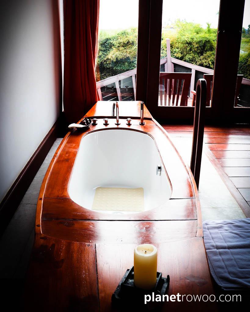 Boat-shaped bath, Pristine Lotus Resort