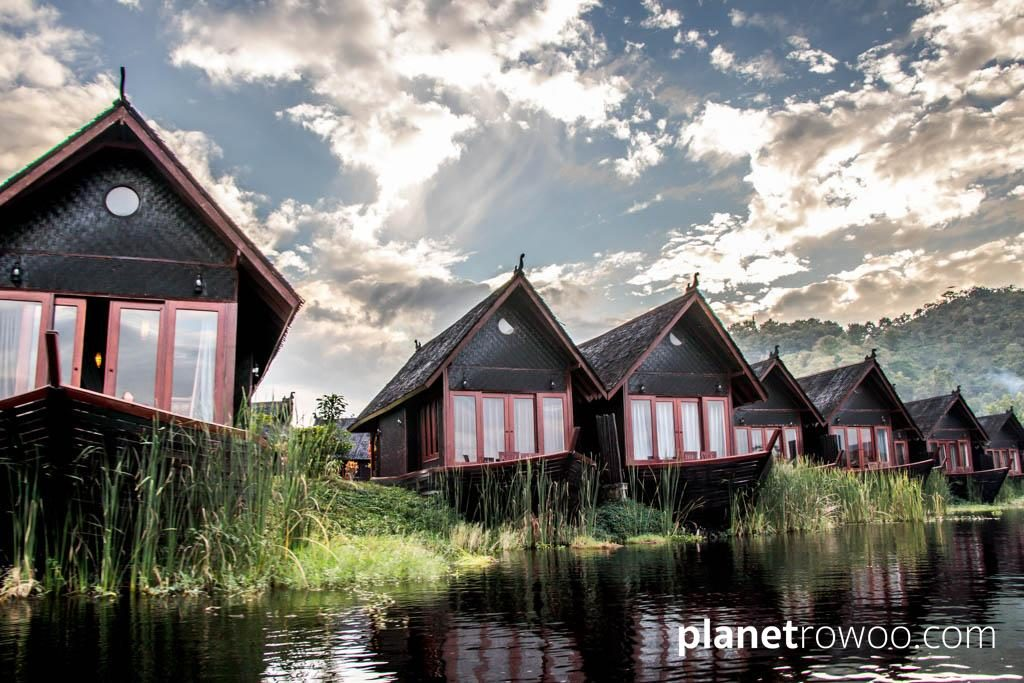 """The boat-shaped """"floating"""" cottages of Pristine Lotus Resort"""