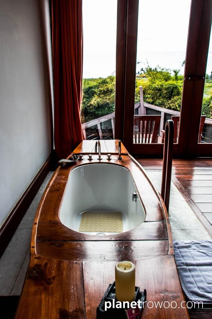 The boat-shaped bath, Pristine Lotus Resort