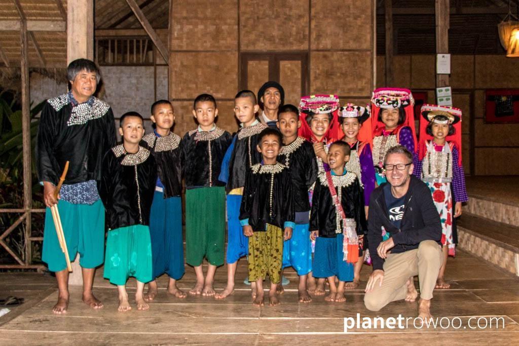 Lisu Hill Tribe traditional dancers