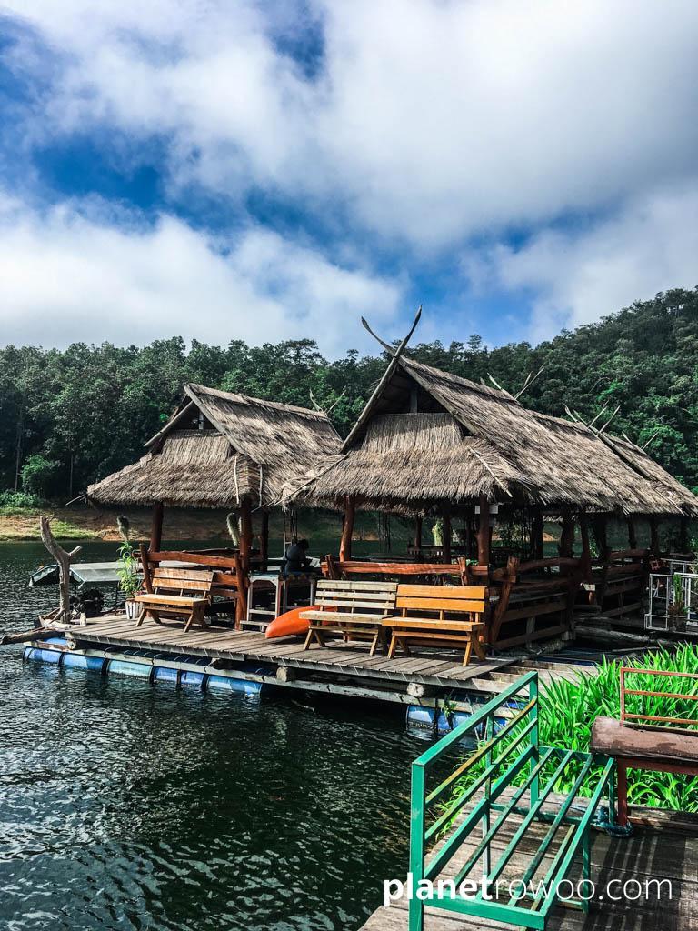 Mae Ngat Dam Floating Houses