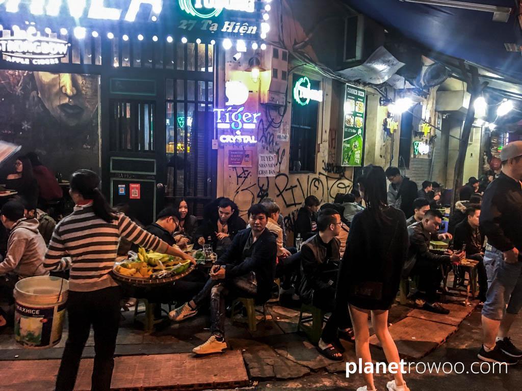 Bia Hoi Junction, Hanoi Old Quarter