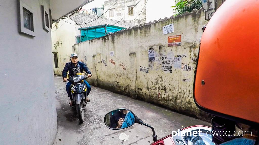 Negotiating the alleyways of the Old Quarter on my Hanoi Motorbike Tour