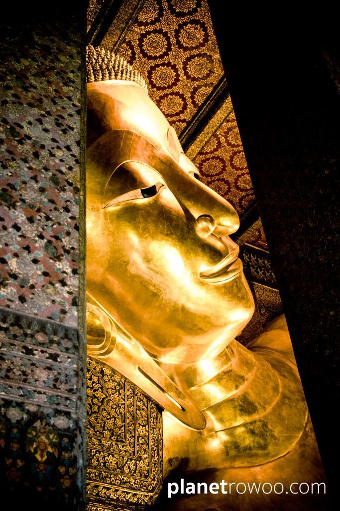The impressive 15-metre tall Reclining Buddha at Wat Pho in Bangkok